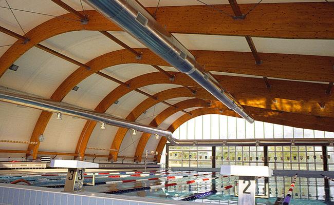 Soffitto In Legno Lamellare : Tensostruttura su ossatura in legno lamellare per soffitto con