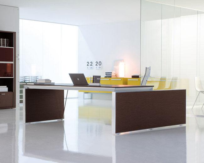 Scrivania In Legno Chiaro : Scrivania direzionale in legno in alluminio in vetro heat