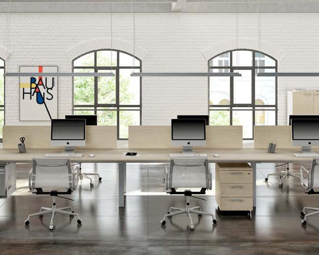 Scrivania Ufficio In Metallo : Scrivania per open space in legno in metallo moderna fuji