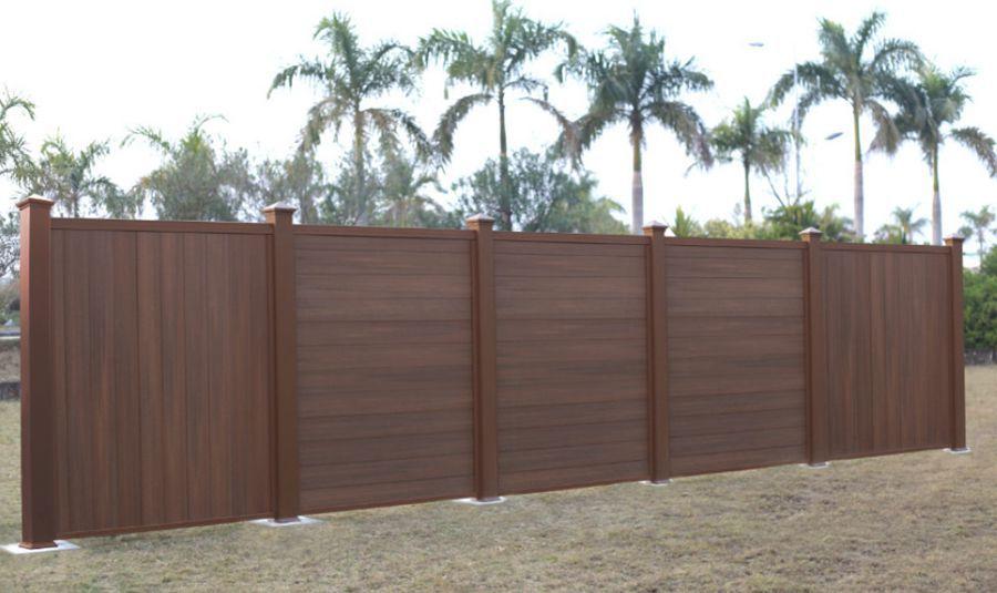 Pannelli legno per recinzioni