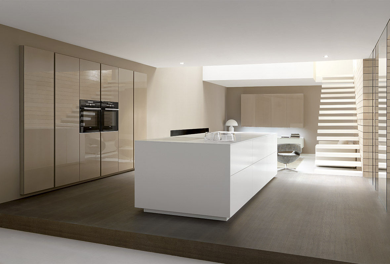 Cucina moderna / in laminato / con isola / laccata - LINEA by ...