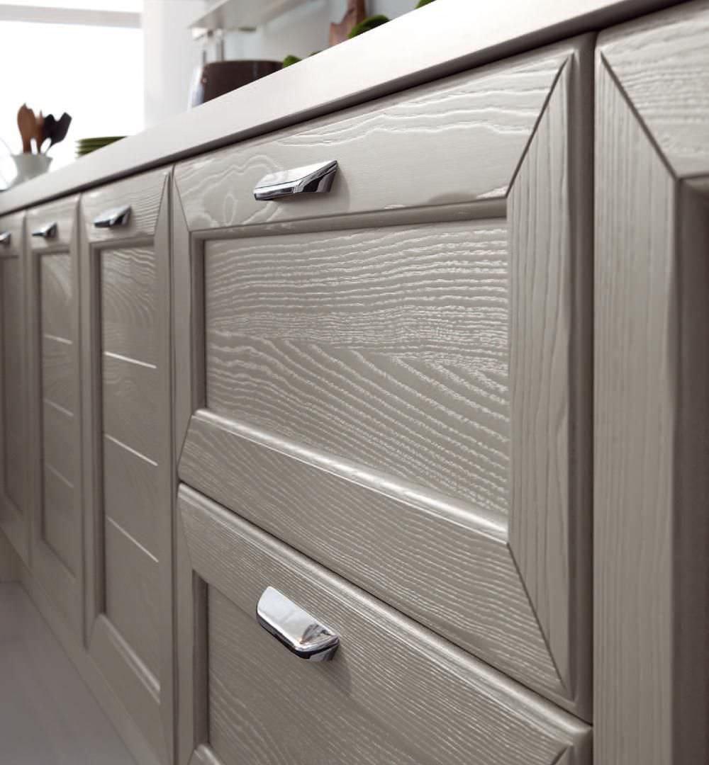 Cucina classica / in legno massiccio - CLAUDIA - CUCINE LUBE - Video