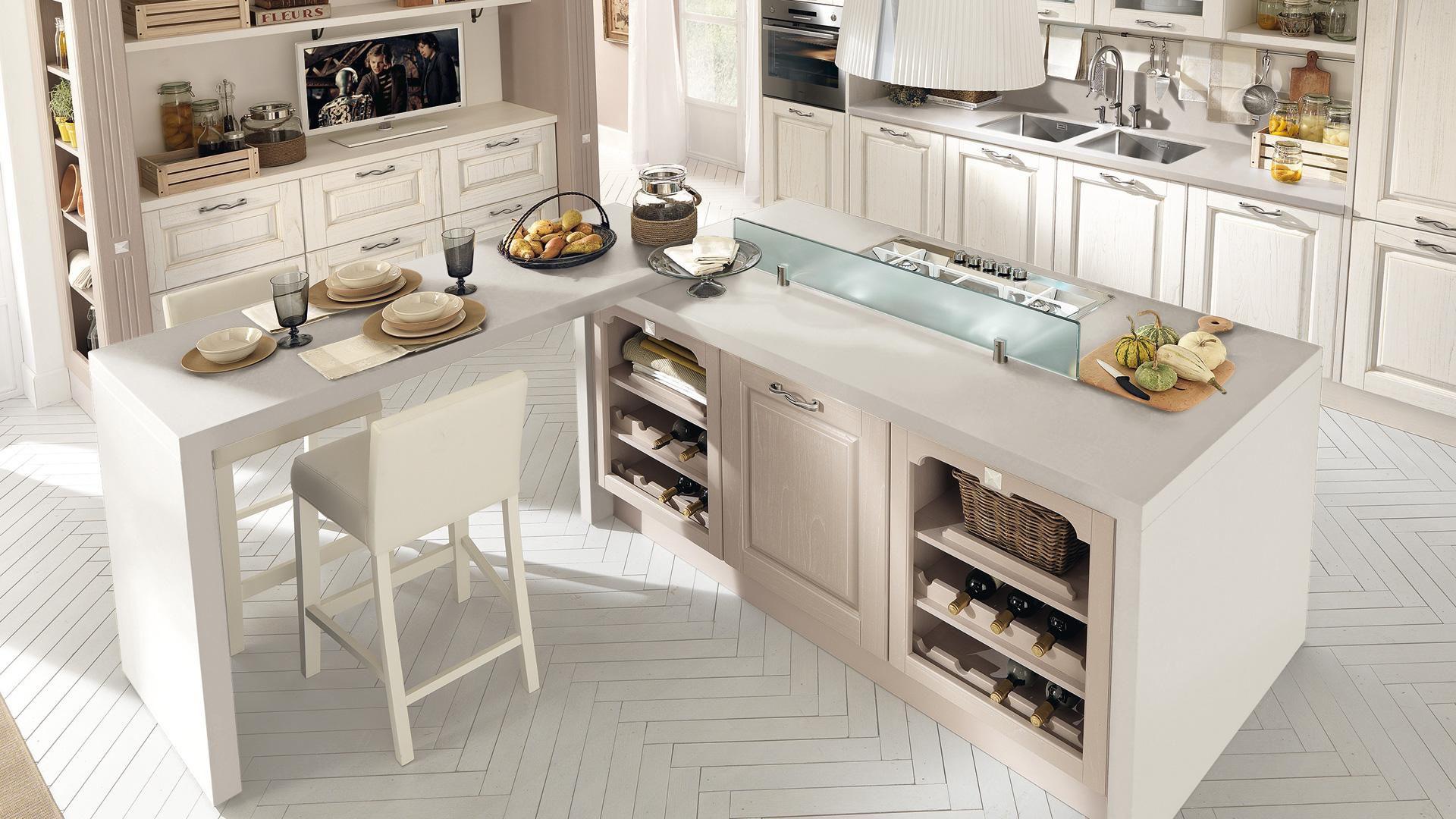 Cucina classica / in legno / con isola - LAURA - CUCINE LUBE - Video