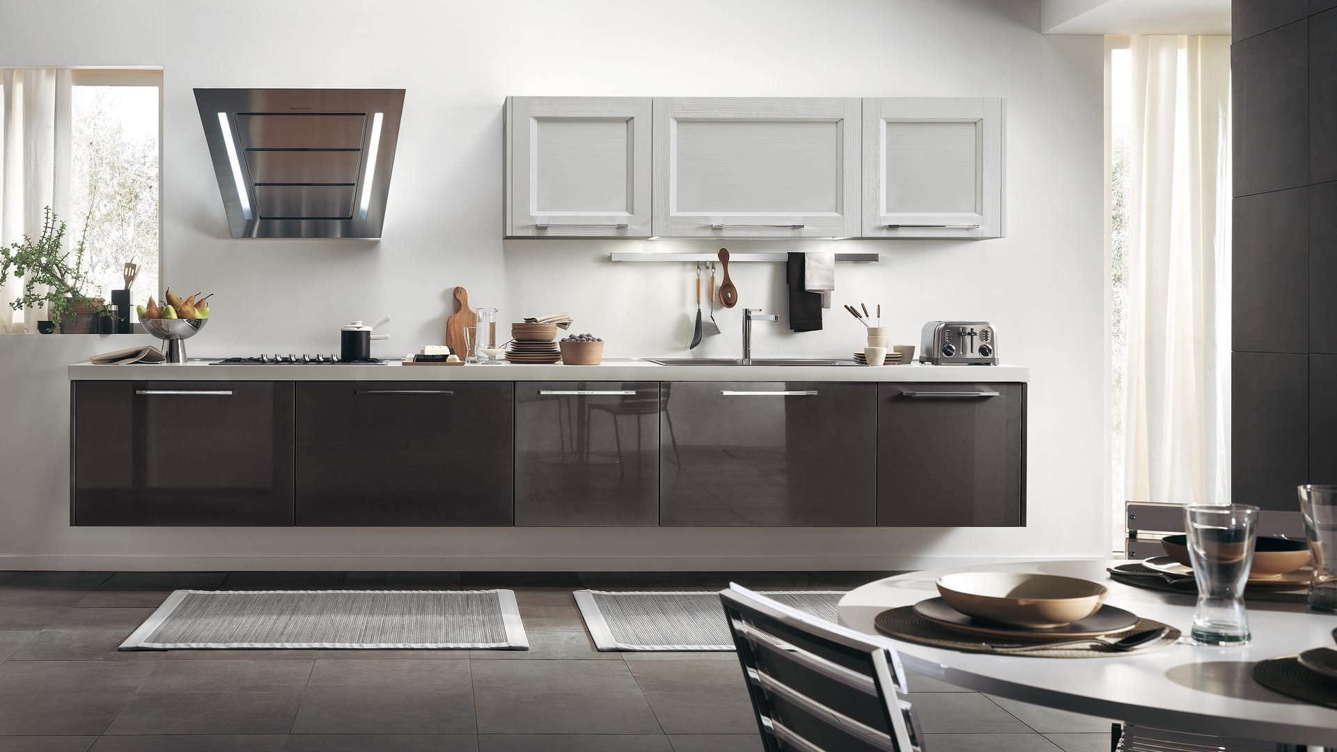Cucina moderna / in legno / laccata / con impugnature - GEORGIA ...