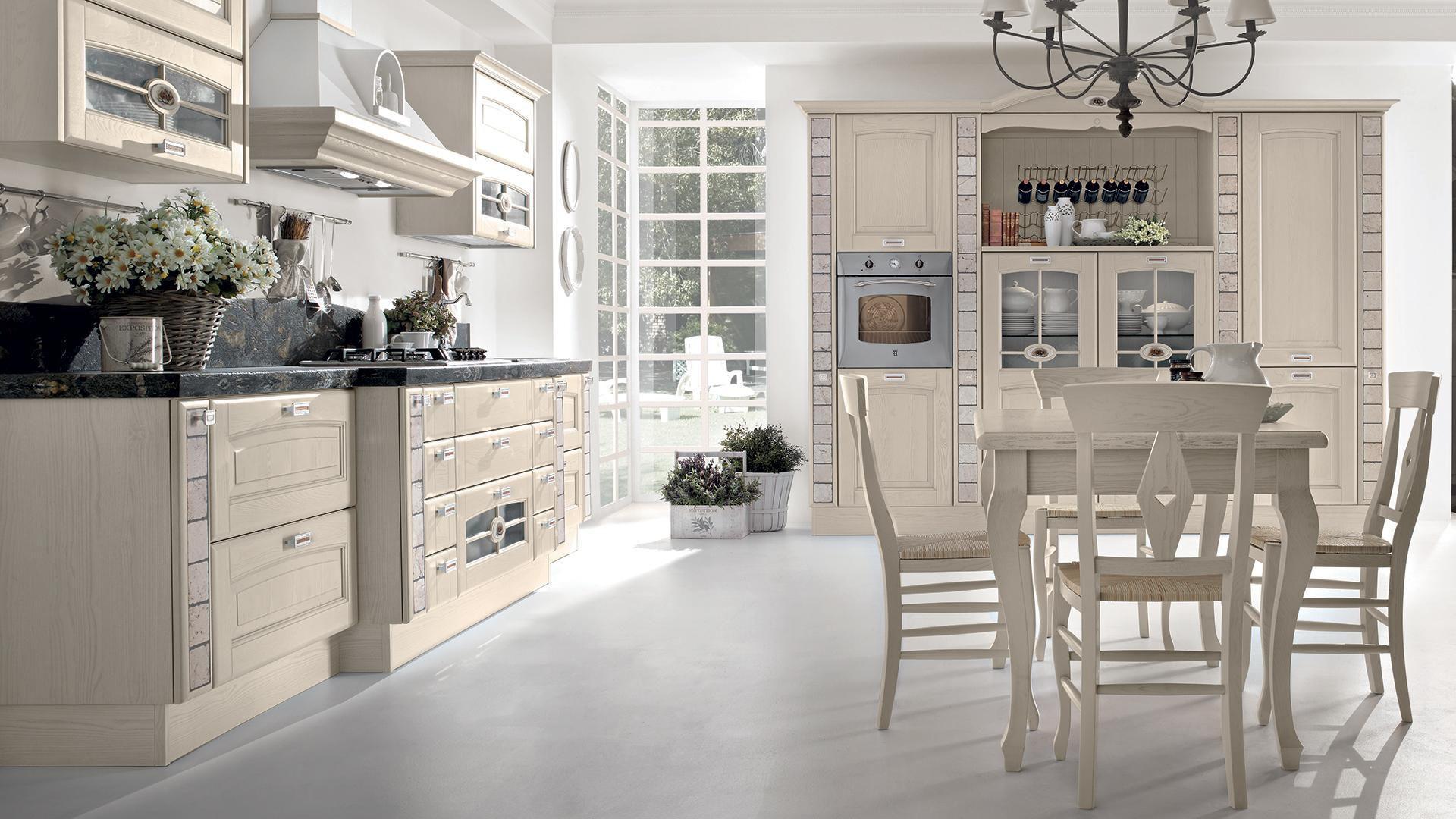 Cucina classica / in legno / con impugnature - VERONICA - CUCINE ...