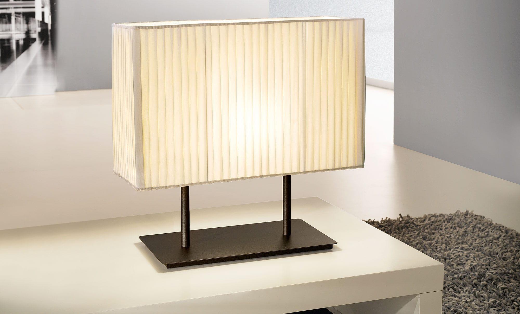Lampada da tavolo / moderna / in metallo / in tessuto - BLISSY by ...