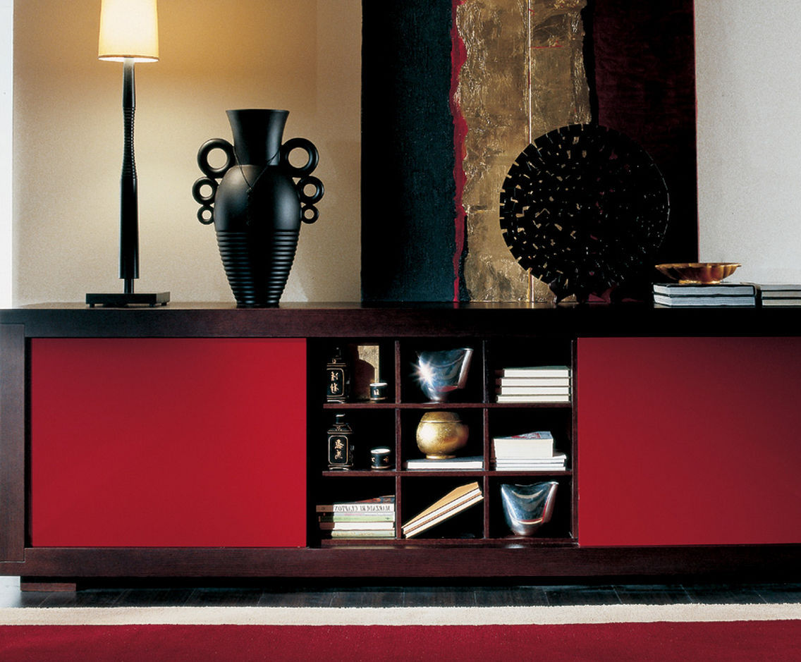 Credenza Moderna Rossa : Credenza moderna in legno laccato marrone rossa magia besana