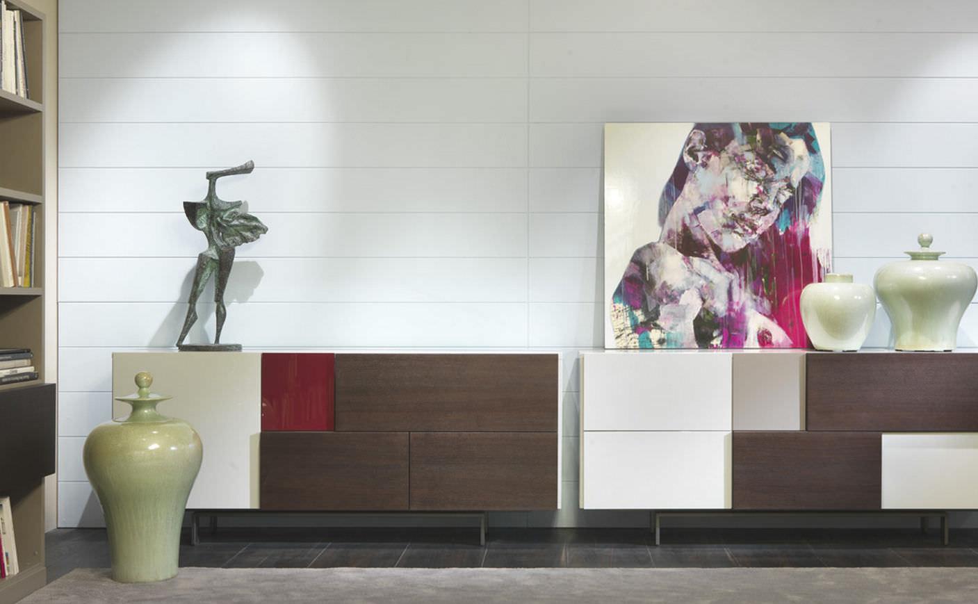 Credenza Moderna Rossa : Credenza moderna in legno laccato jazz besana