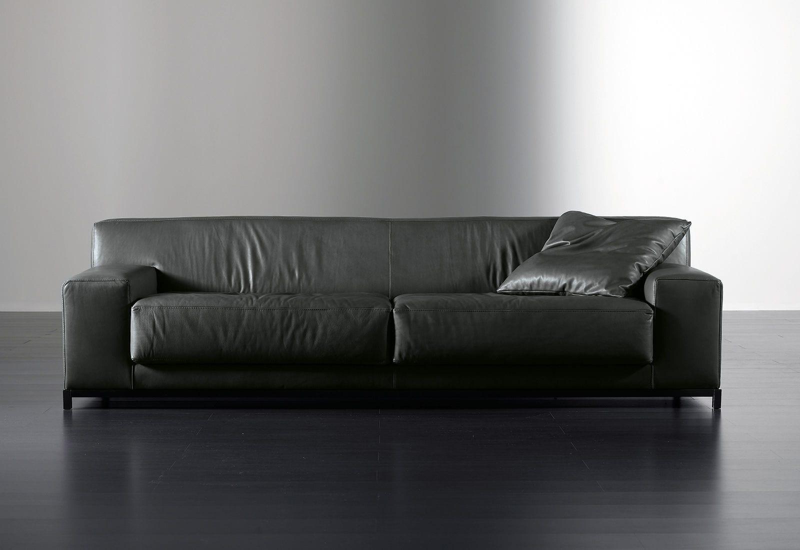 Divano Nero Moderno : Divano moderno in pelle posti nero frieman meridiani