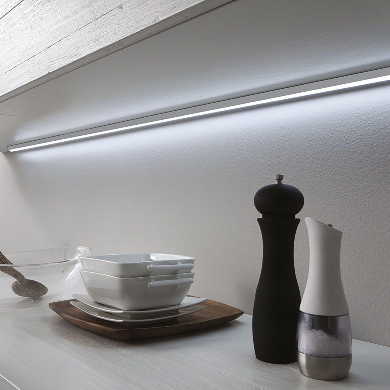 Luce LED / lineare / da cucina / per mobile - LUGANO - Zecchinon