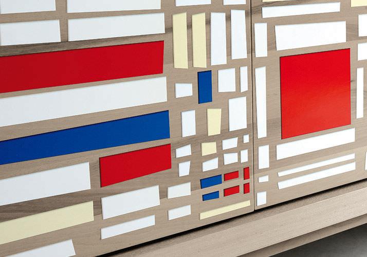 Credenza Moderna Gialla : Credenza moderna in legno gialla blu a 616 dale italia
