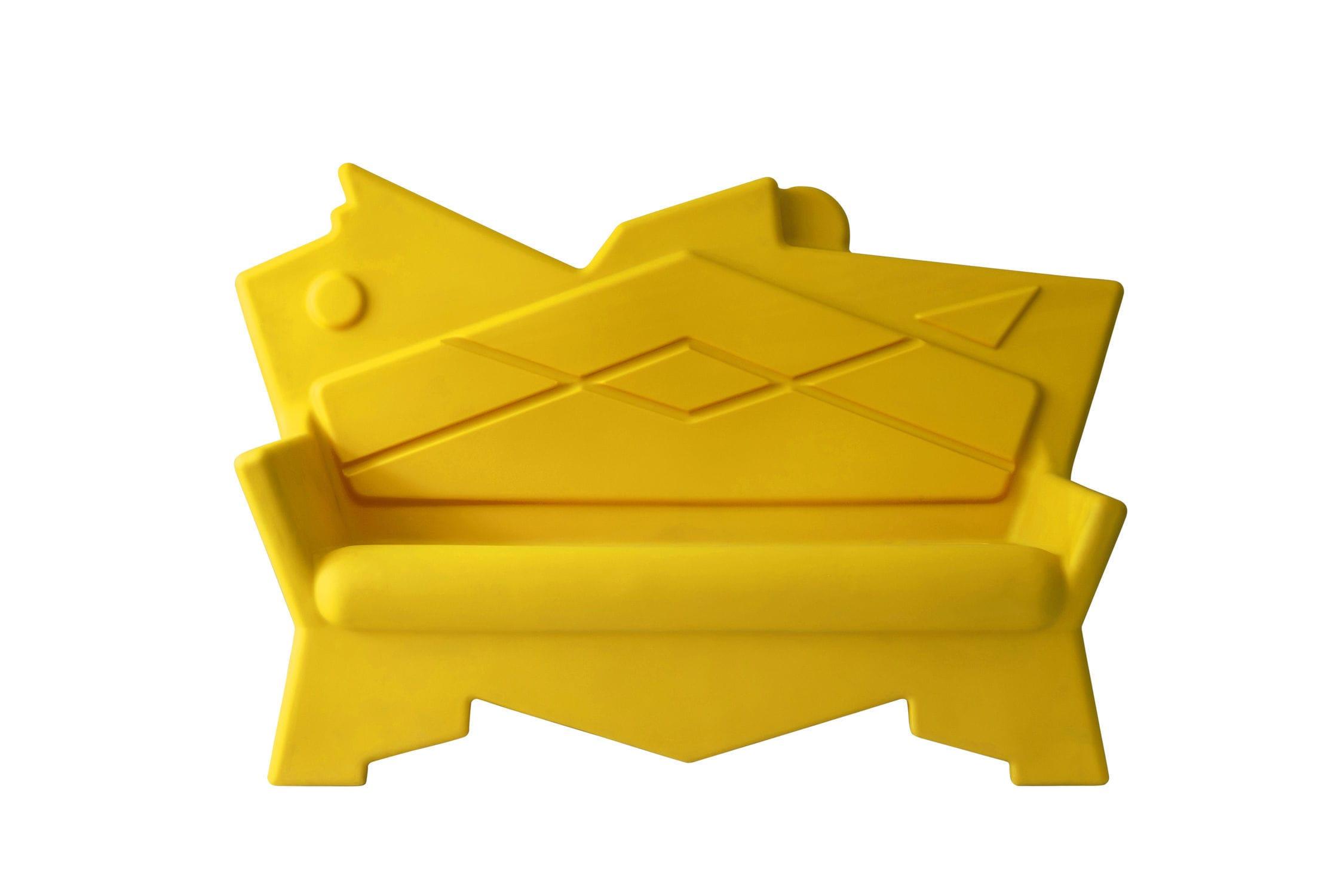 Divani Per Esterni In Plastica : Divano design originale da esterno in plastica di alessandro