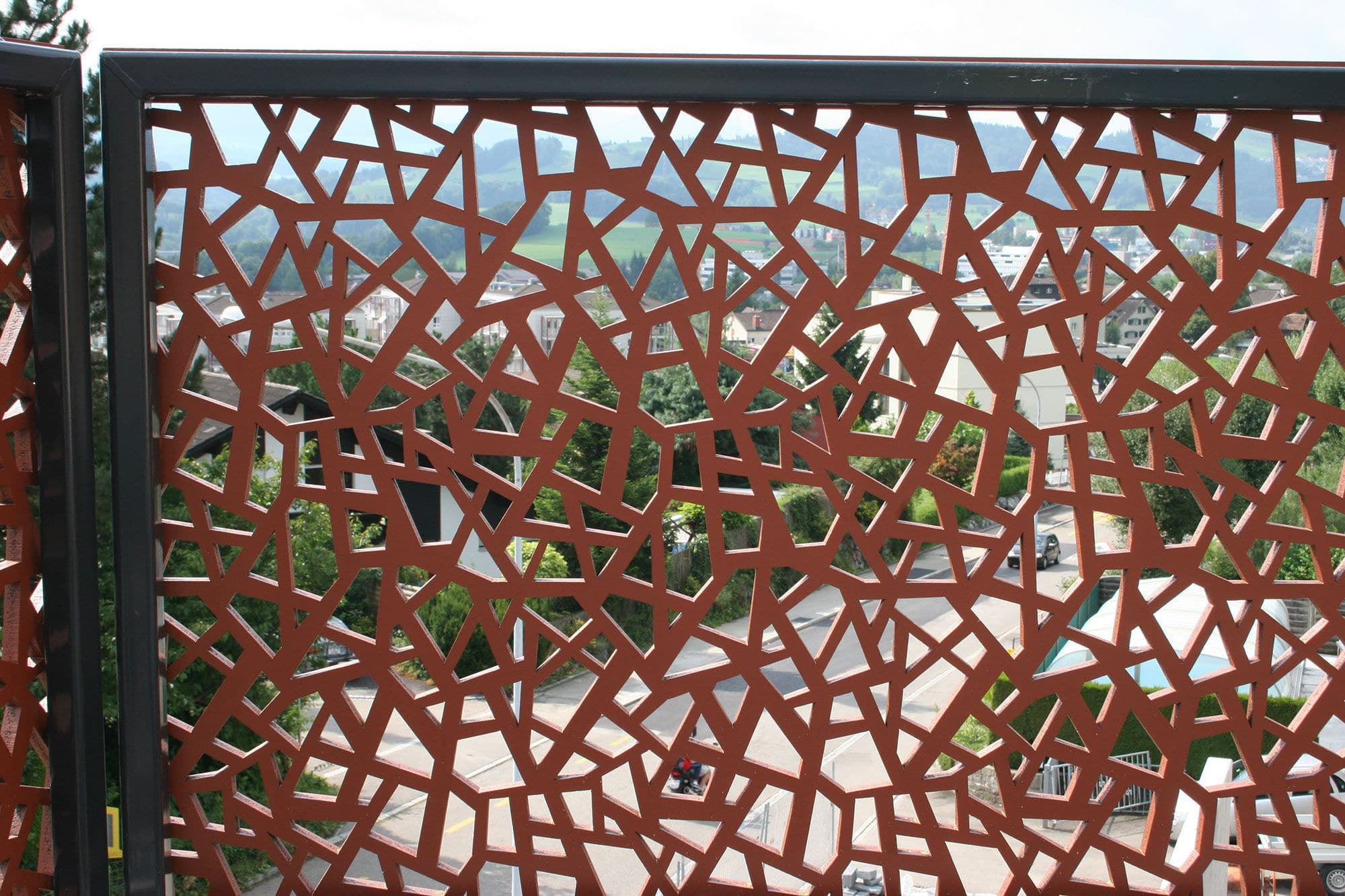 Balconi Esterni In Legno : Ringhiera in hpl a pannelli da esterno per balcone minergie