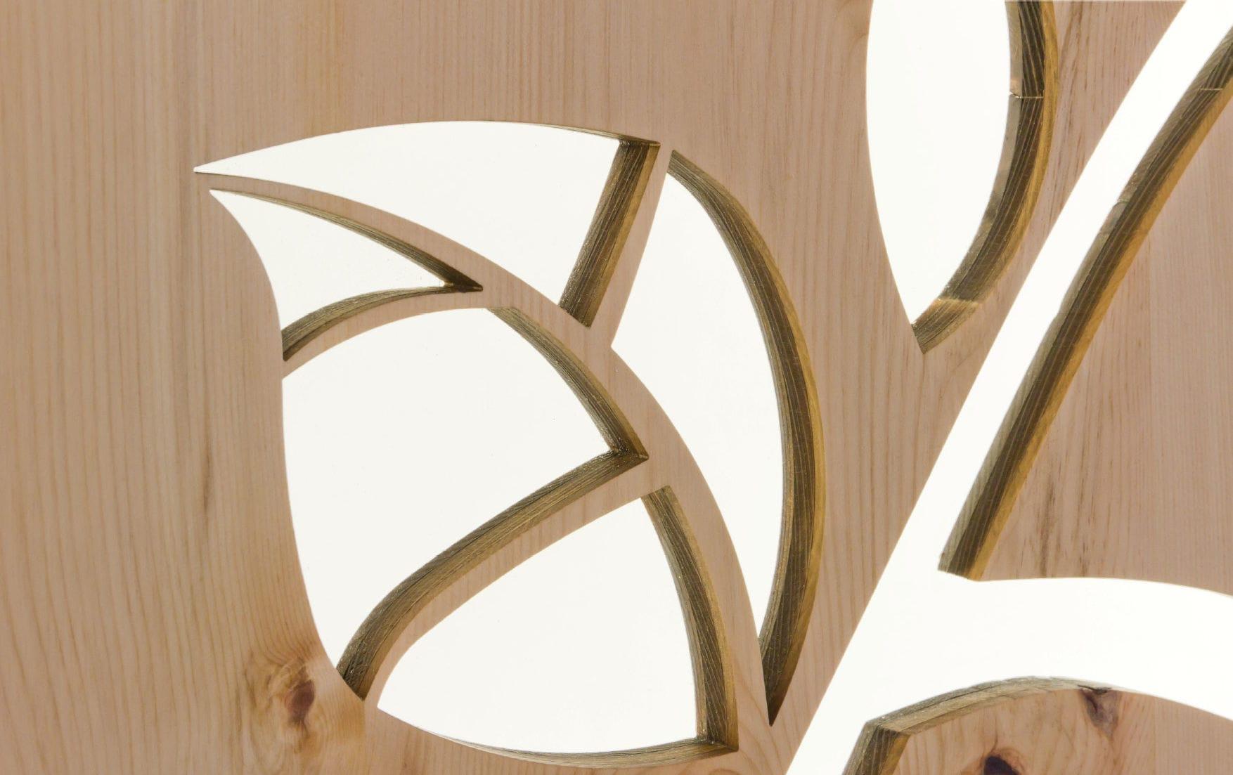 Pannello decorativo in legno per parete perforato dorfhotel
