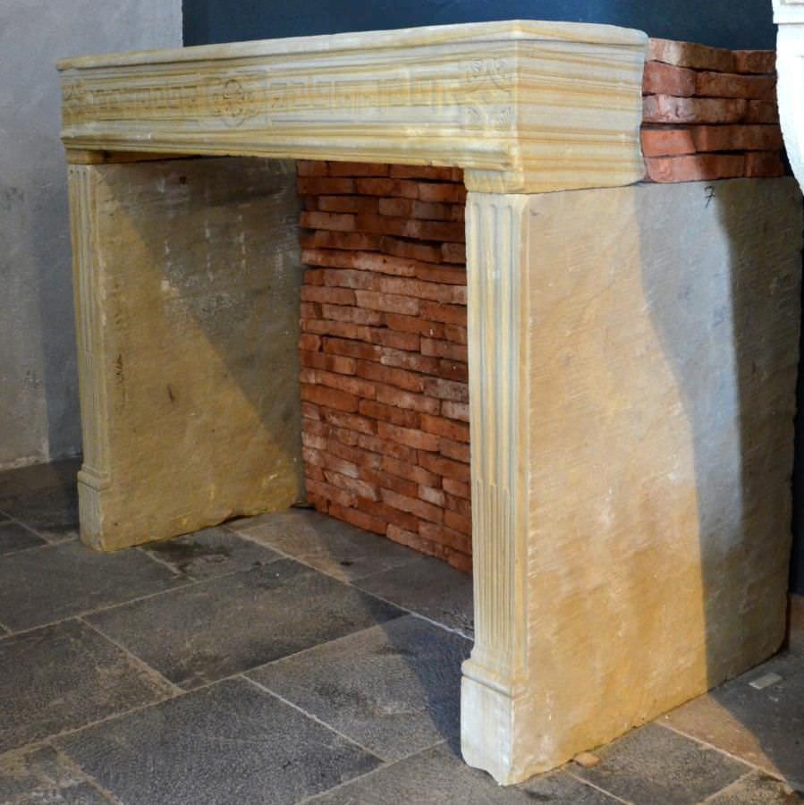 Rivestimento per camini in stile luigi xvi / in marmo / in pietra ...
