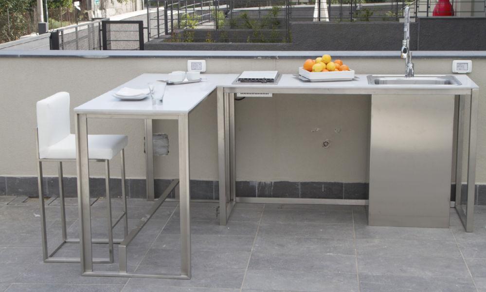 Cucina da esterno / moderna / in acciaio inox / senza maniglie ...