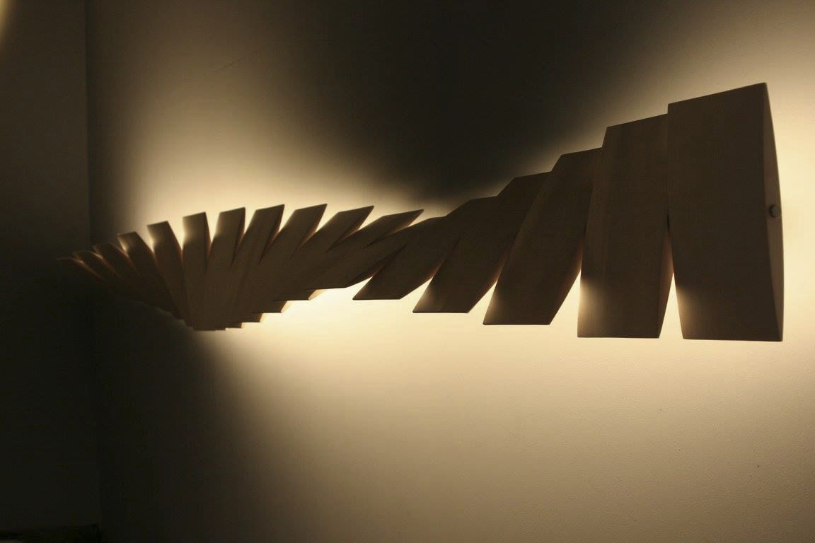 Applique design originale in metallo in legno led deccg