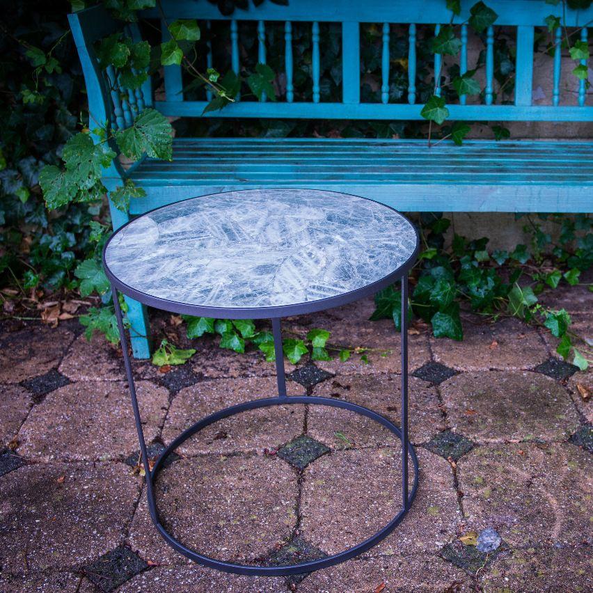 Tavoli In Granito Da Esterno.Tavolo D Appoggio Moderno In Pietra Naturale Tondo Da Giardino