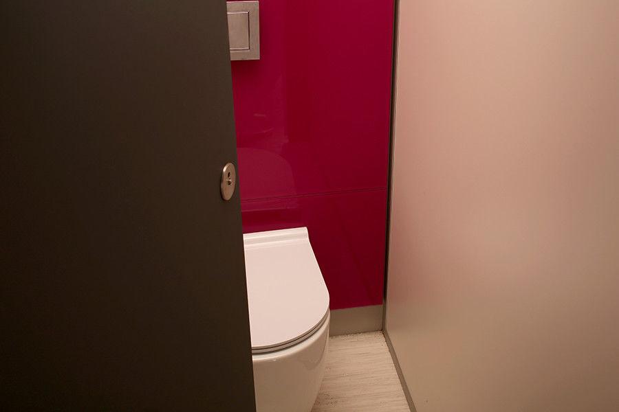 Cabina wc per bagno pubblico in mdf in laminato alto fenix