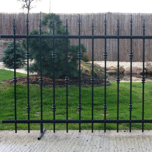 Recinzioni In Ferro Per Giardino.Recinzione Da Giardino A Sbarre In Ferro Modellato Palermo