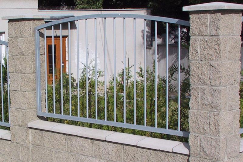 Recinzioni Da Giardino In Ferro : Recinzione da giardino a sbarre in ferro modellato atyp kb