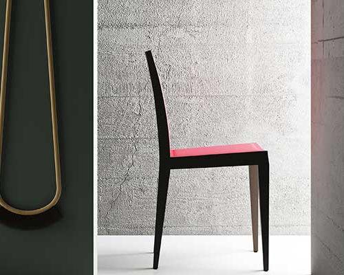 Sedia moderna imbottita in legno massiccio in pelle