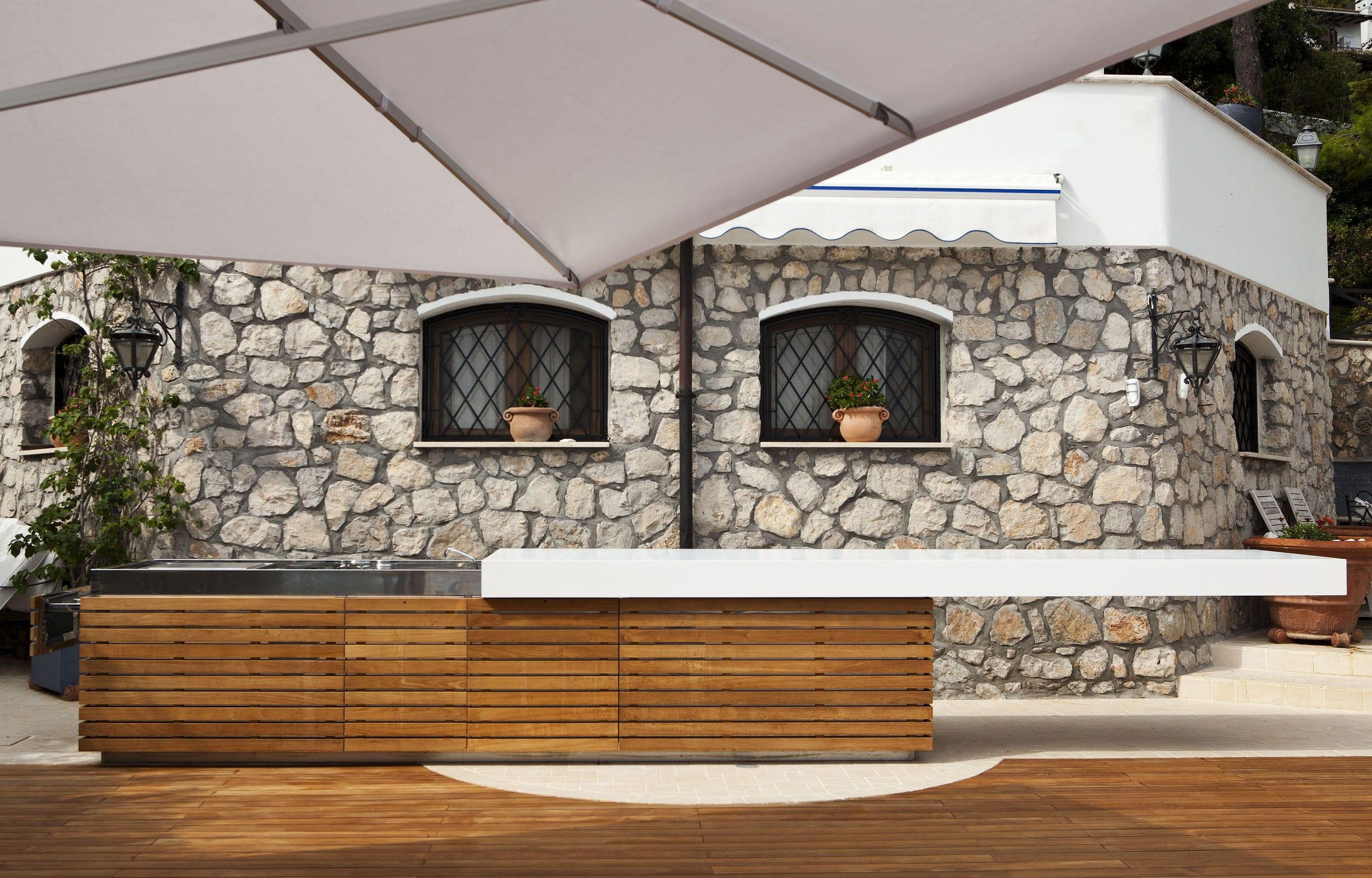 Cucina moderna / in teak / in acciaio / in Corian® - SUMMERTIME ...