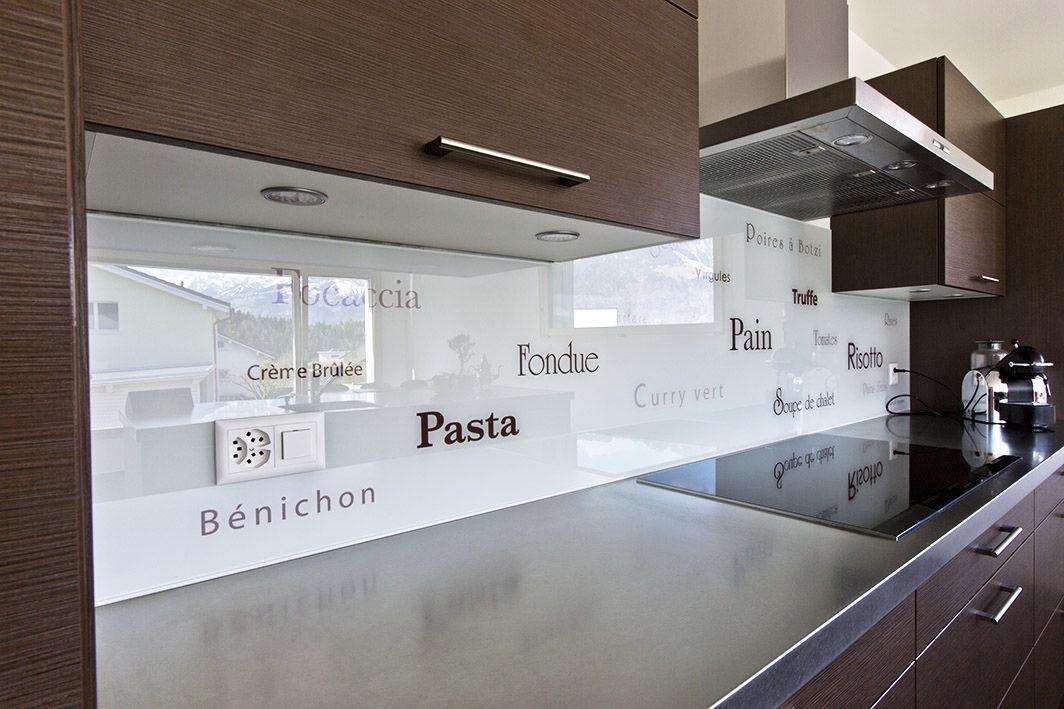 Pannello decorativo in vetro / per cucina / liscio / personalizzato ...