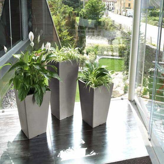 Vasi In Plastica Da Giardino.Vaso Da Giardino In Plastica Da Appoggio Quadrato Pasubio Alto