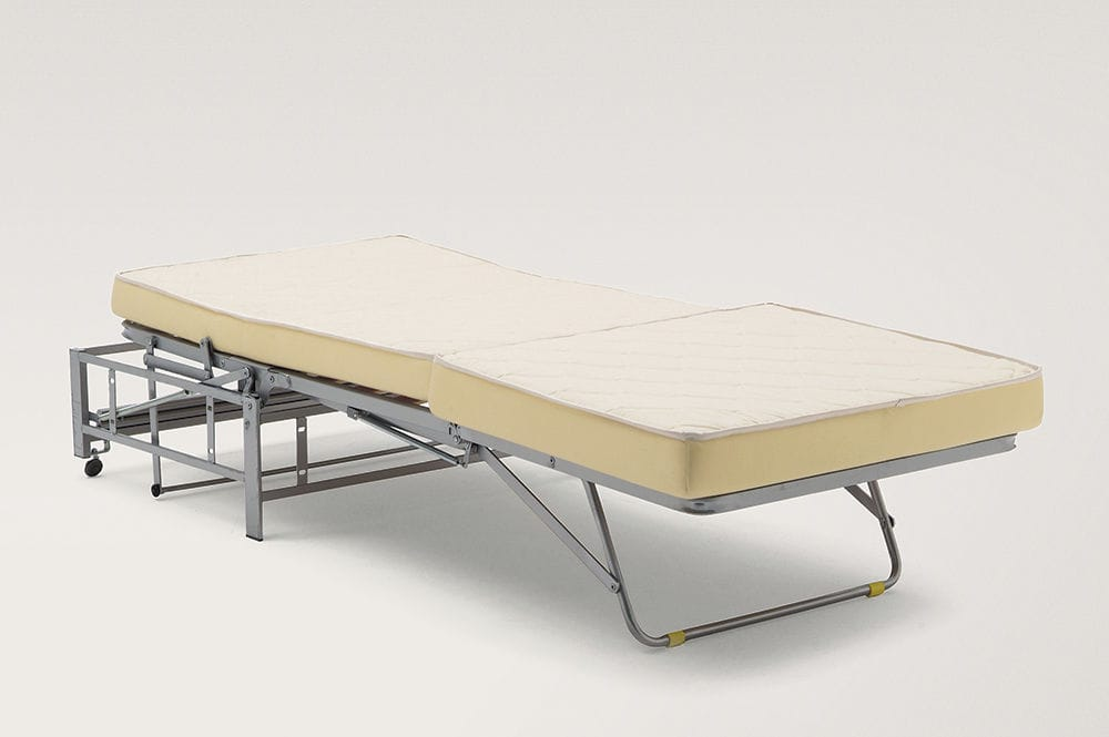 Meccanismo per divano letto con materasso in schiuma poliuretanica ...