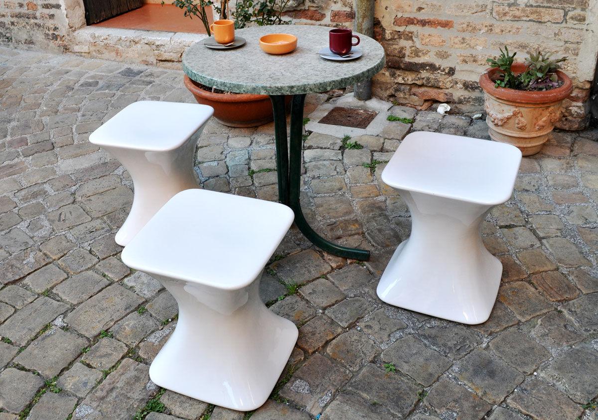Sgabello Da Giardino In Ceramica : Set tavolo alto bar con sgabelli metallo bianco da