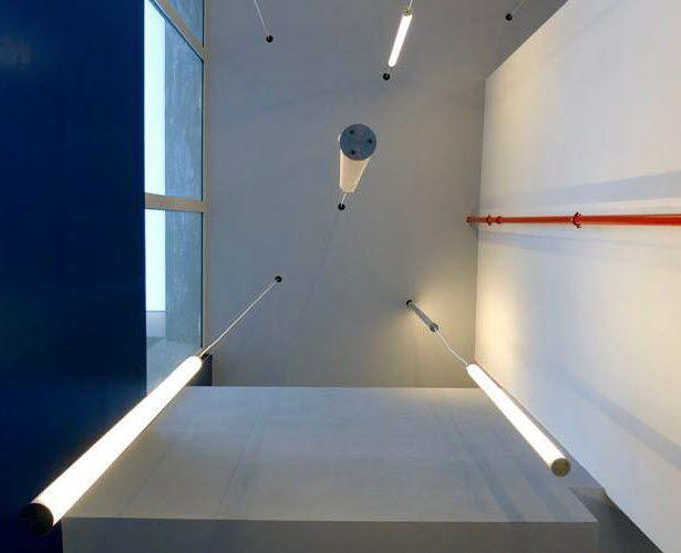 Luce a sospensione led tubolare da esterno chiaro ing