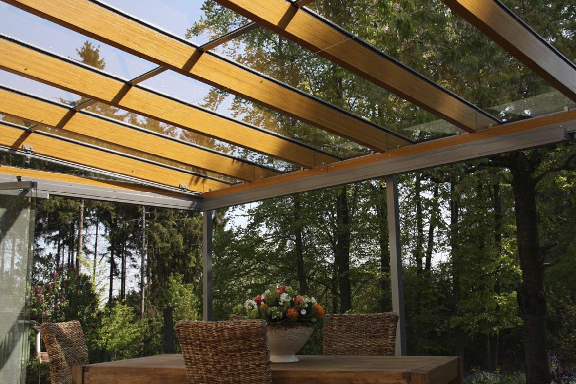 Pergola addossata / in legno / in alluminio / con copertura in vetro ...