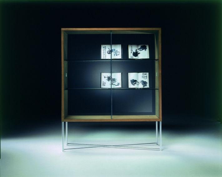 Vetrina moderna / in metallo / in vetro / in legno   moka by ...