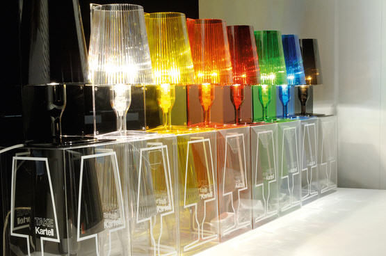 Lampada da tavolo / moderna / in policarbonato / alogena - TAKE ...
