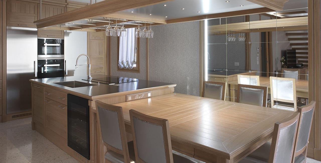 Cucina moderna / in legno massiccio / in legno laccato / in acciaio ...