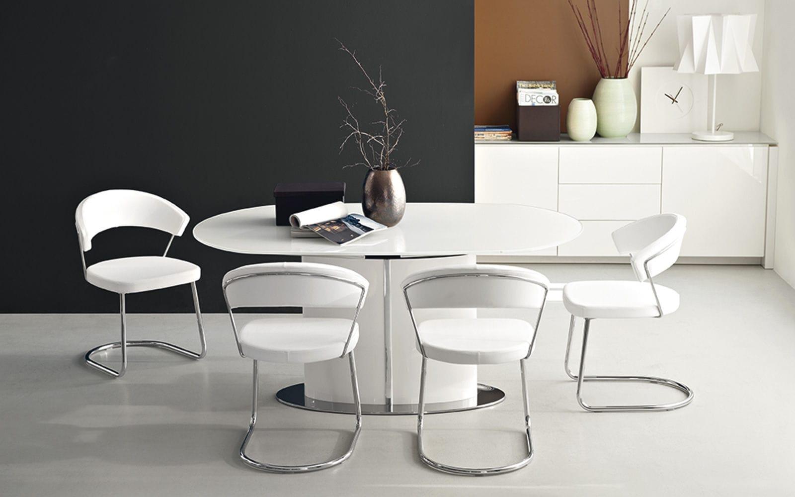 Tavolo Ovale Calligaris : Tavolo da pranzo moderno in vetro temprato ovale allungabile