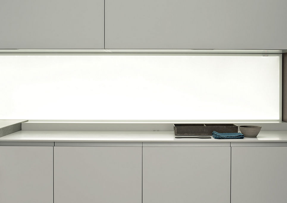 Pannello decorativo in vetro / da parete / laccato / LED - ICON: by ...