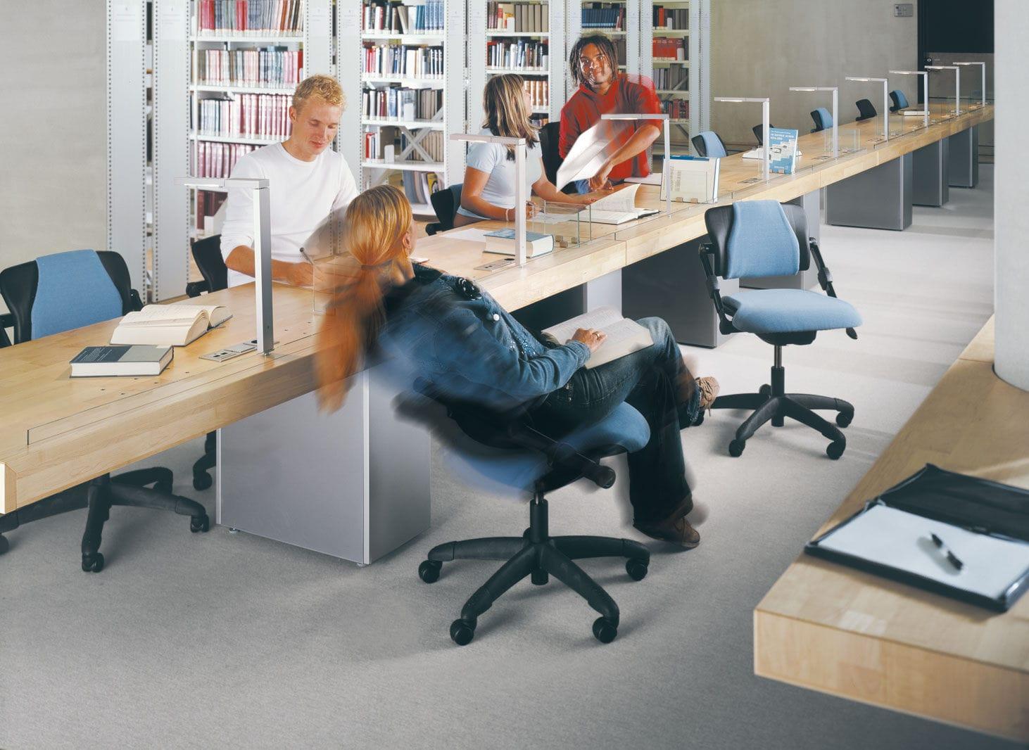 Sedie Per Ufficio Hag : Sedia da ufficio moderna regolabile girevole con rotelle h03
