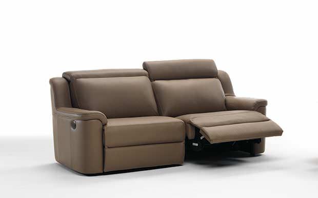 Divano Reclinabile Due Posti : Divano moderno in pelle posti reclinabile poso idp