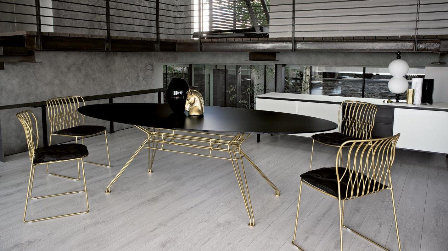Sedia moderna impilabile a slitta in metallo laccato freak