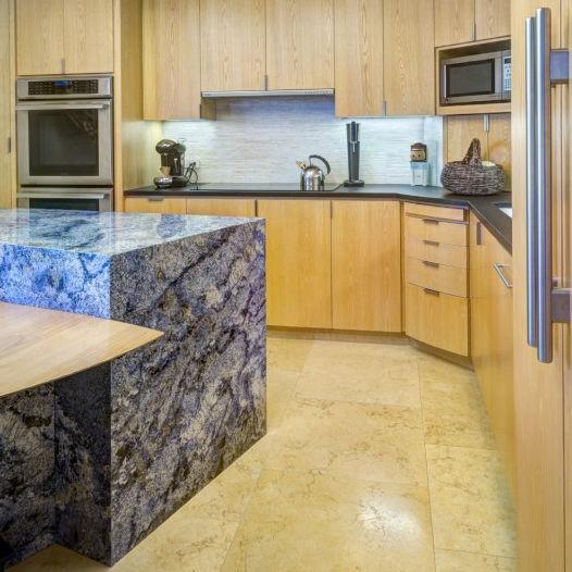 Piano di lavoro in pietra naturale / da cucina - AZUL BAHIA ...