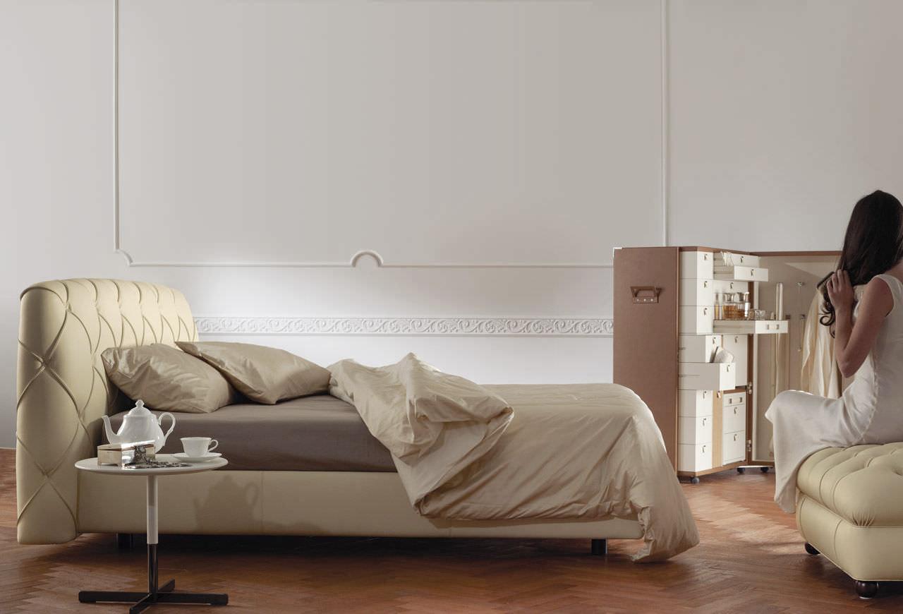 Letto standard / doppio / moderno / imbottito - FLAIR by Angeletti ...