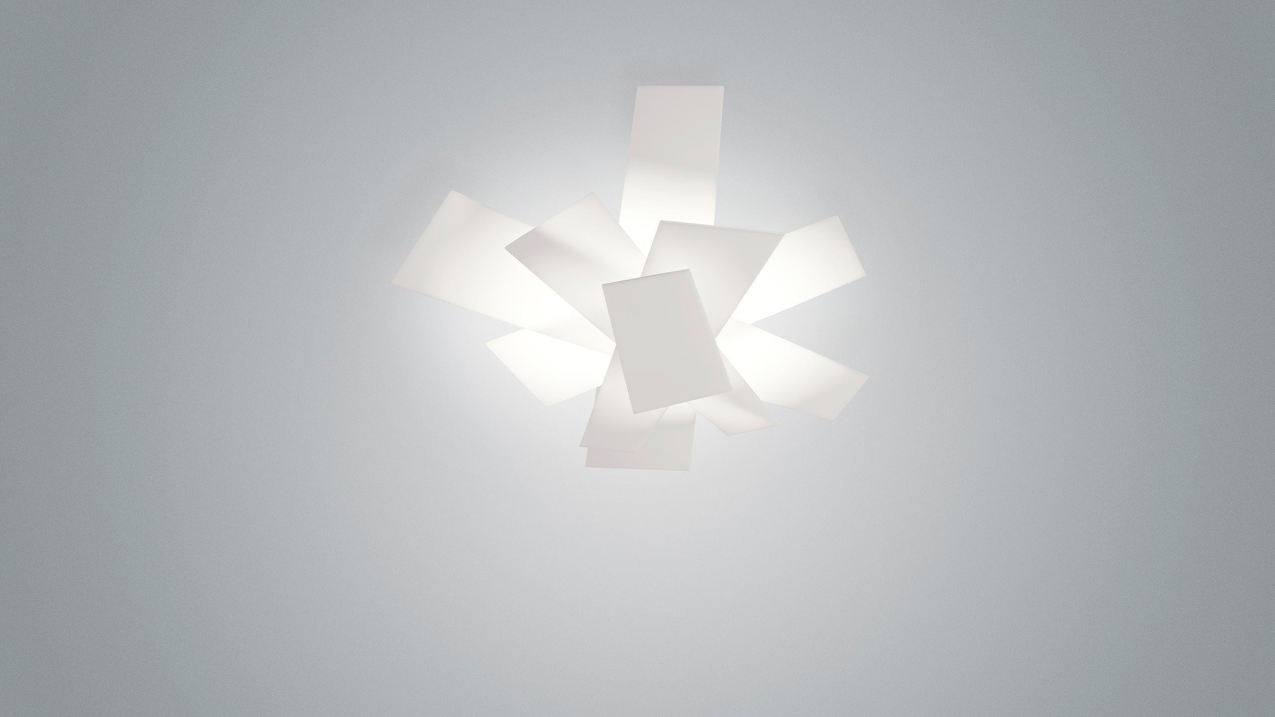 Plafoniera Foscarini : Plafoniera design originale in metallo laccato metacrilato