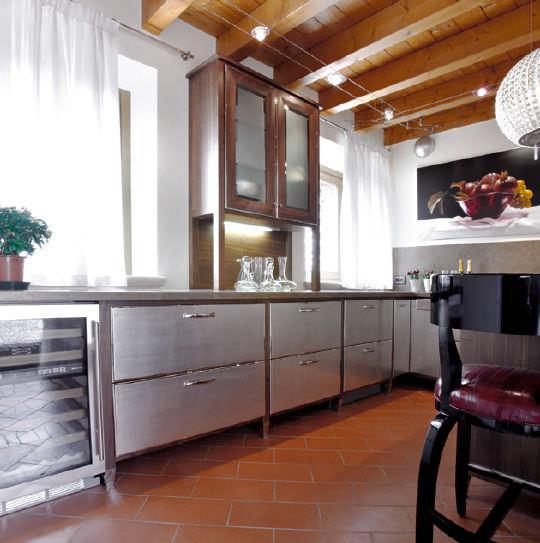 Cucina moderna / in alluminio - COMPOSIZIONE 49 - MENEGHINI