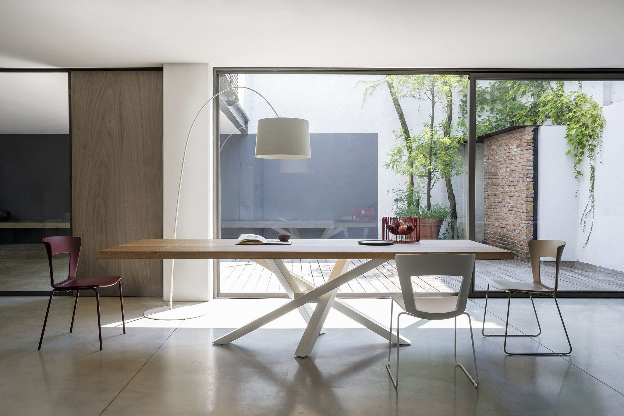Tavolo da pranzo moderno / in legno / in cristallo / in alluminio ...