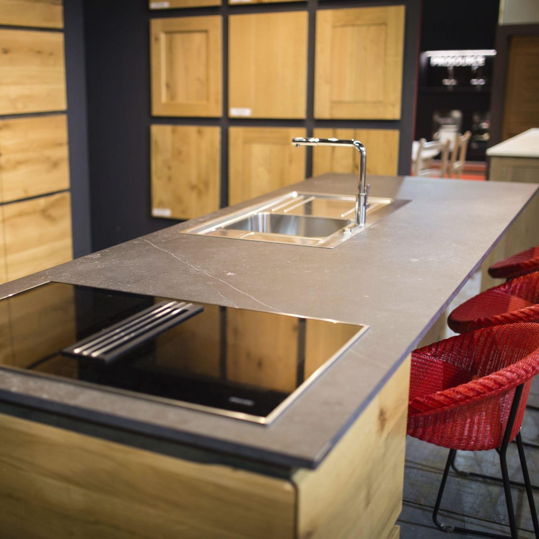 Piano di lavoro in pietra naturale / da cucina / grigio - FOSSIL ...