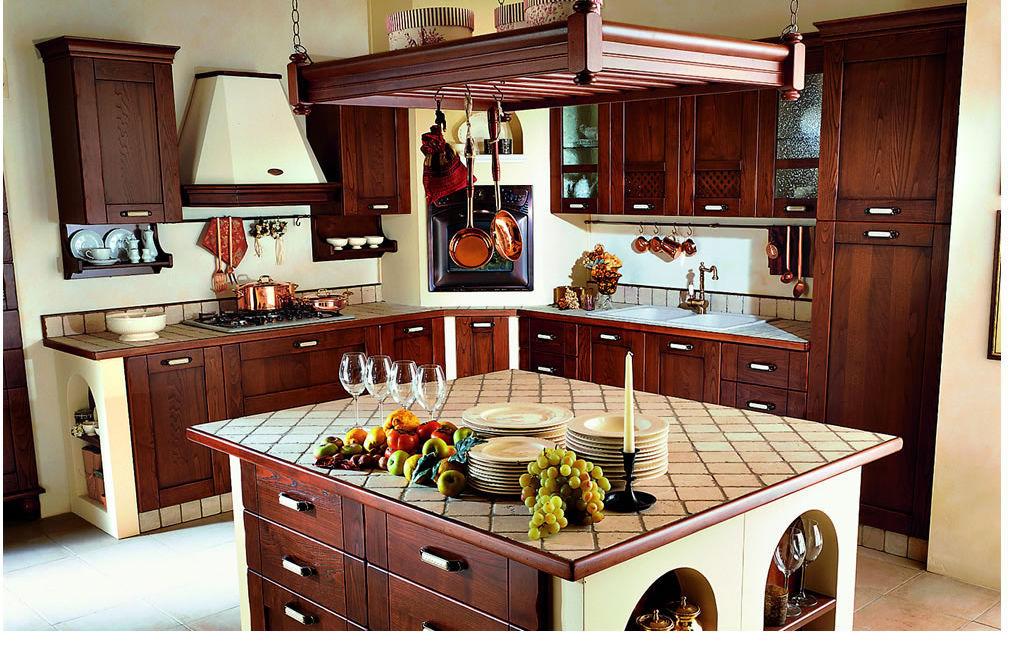 Cucina classica / in legno massiccio / con isola / con impugnature ...