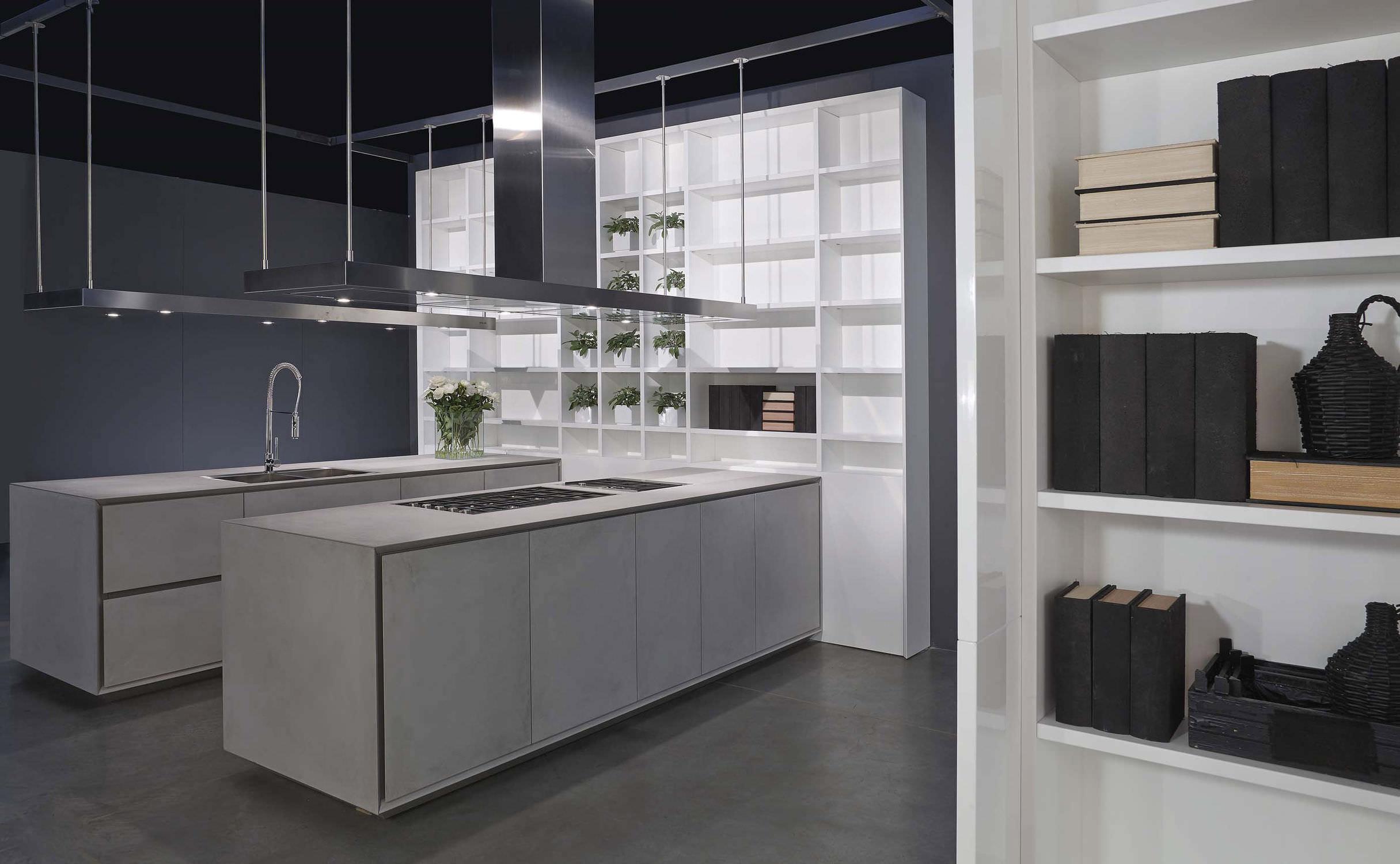 Cucina moderna / in calcestruzzo / con isola / laccata - ONE - RI ...