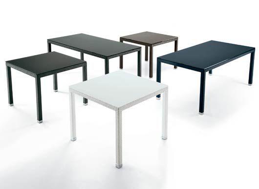 Tavolo Quadrato Da Esterno.Tavoli Da Giardino Quadrati Pattinatorisambenedettesi